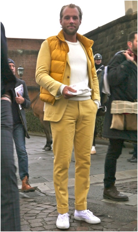 Le tailleur australien Patrick Johnson     Pantalon jaune en corduroy – Ca parait improbable et c'est pourtant très bien réussi      Credit photo : Neoretrostreetstyle