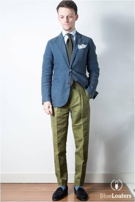 Non les pantalons en lin ne sont pas forcément des pantalons bouffants, ils peuvent aussi être ajustés !