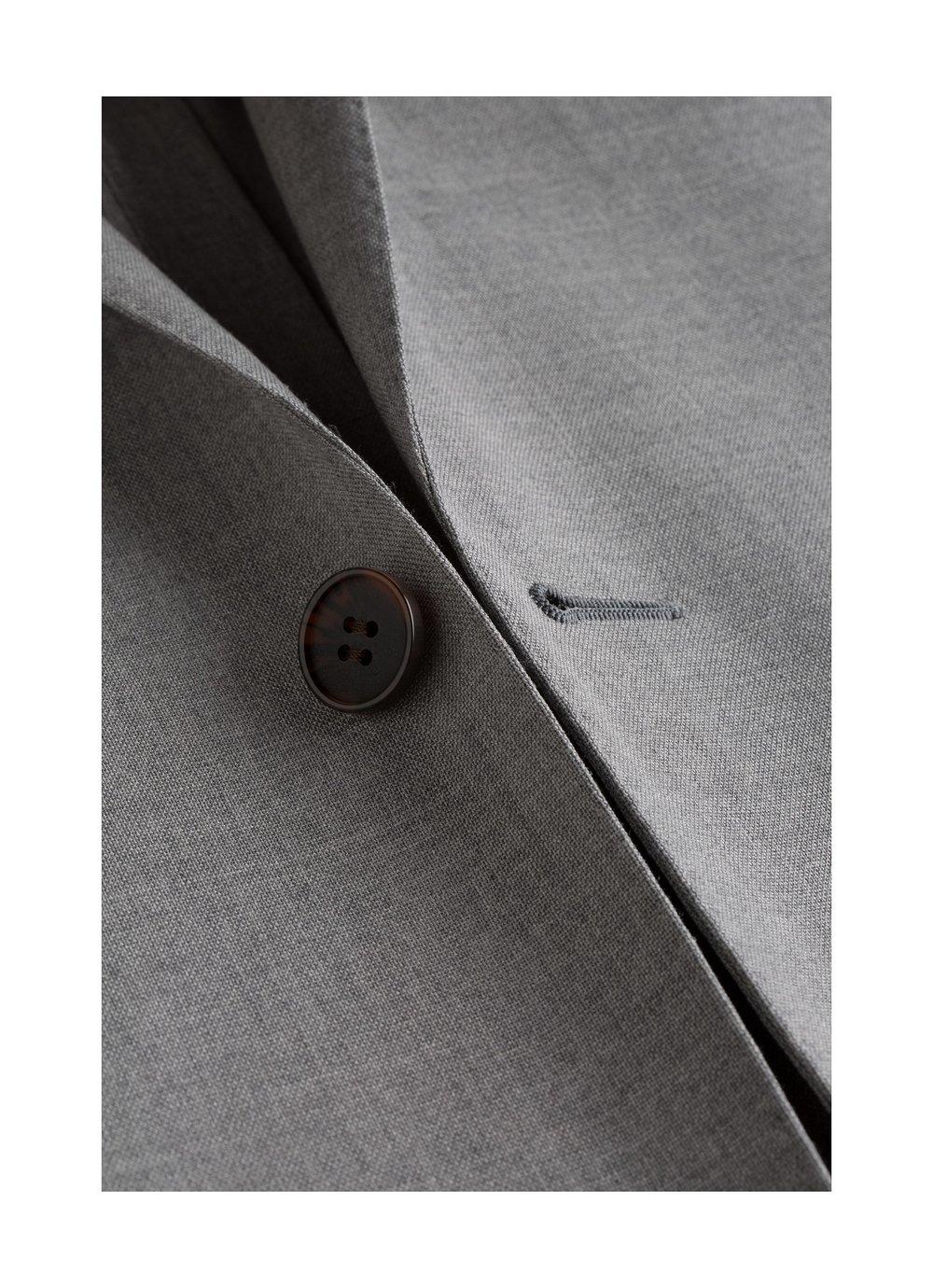 Suits_Light_Grey_Plain_Havana_Traveler_Unlined_P5184_Suitsupply_Online_Store_8.jpg