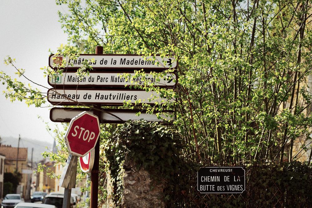 Côte bien sévère (certains passages à 14%)pour monter au château - Accrochez-vous !