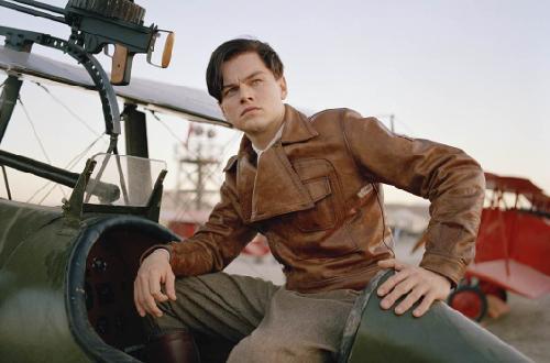 Leonardo Di Caprio dans aviator