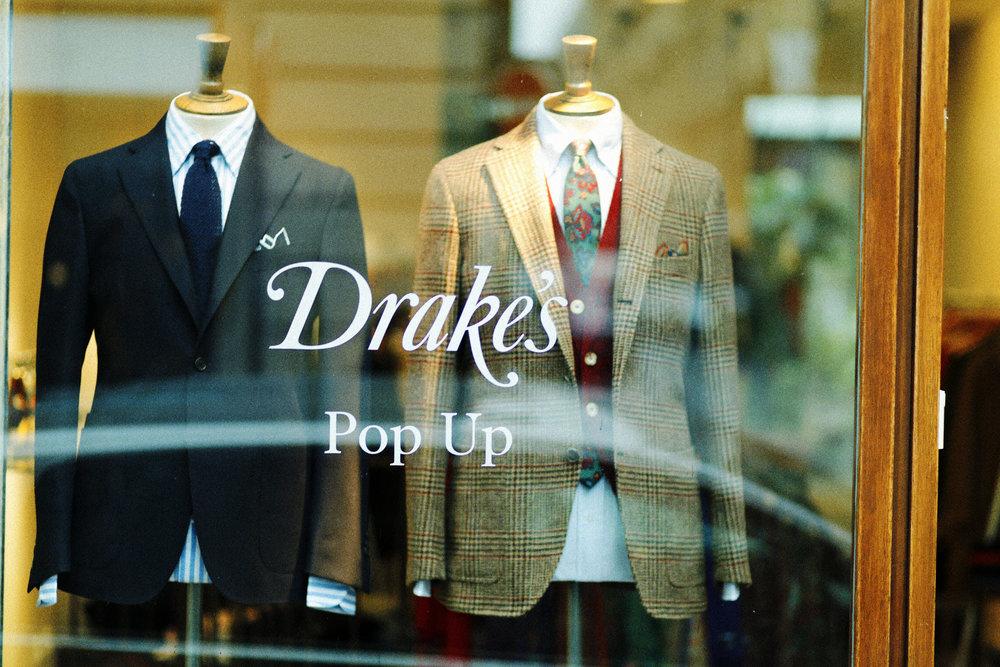 Drakes Pop Up Paris 1.jpg