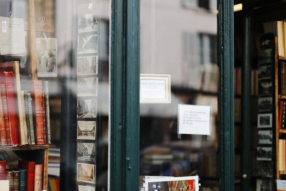 LIBRAIRIE PARIS VERSAILLES (15).jpg