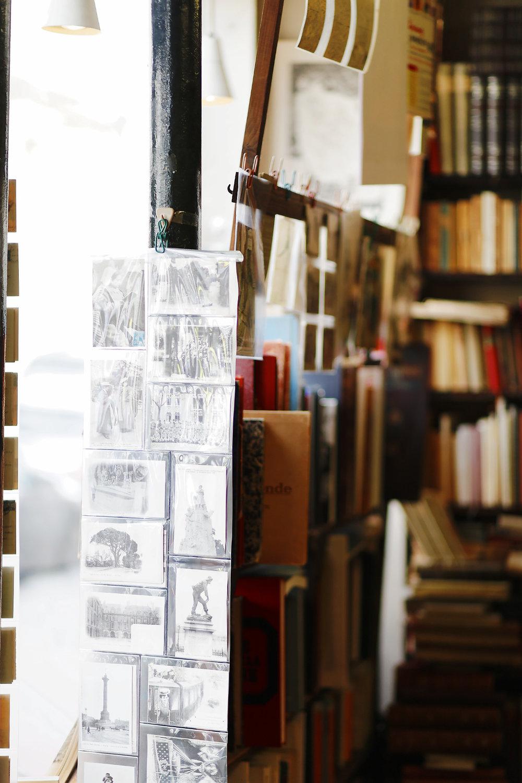 LIBRAIRIE PARIS VERSAILLES (2).jpg