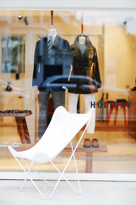 Beige Habilleur Holiday Cafe (1).jpg