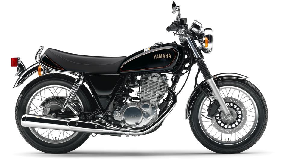 2014-Yamaha-SR400-EU-Yamaha-Black-Studio-002.jpg