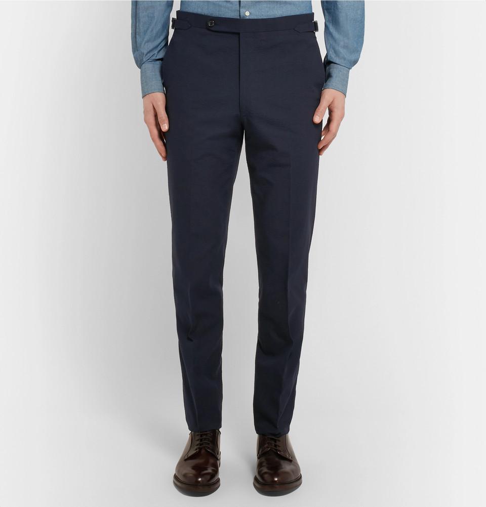 Pantalon Husband disponbile sur MrPorter : la tenue proposée nous semble juste parfaite en terme de proportions et coupe