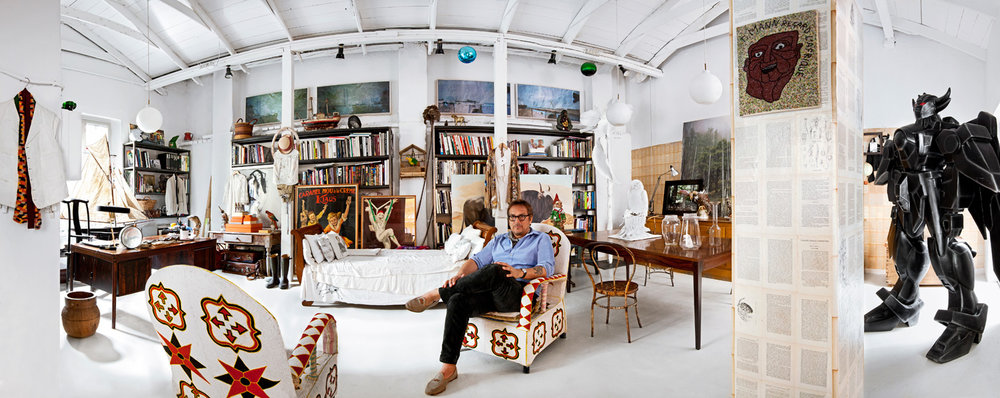Massimo dans sa maison à Milan - Via MrPorter