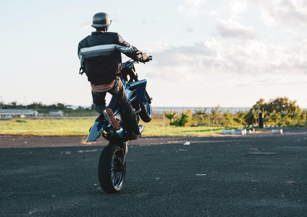 Wheelies and Stoppies - Small Man - 450-8384.jpg