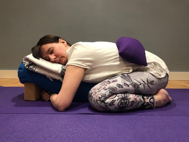 Restorativ Yoga -