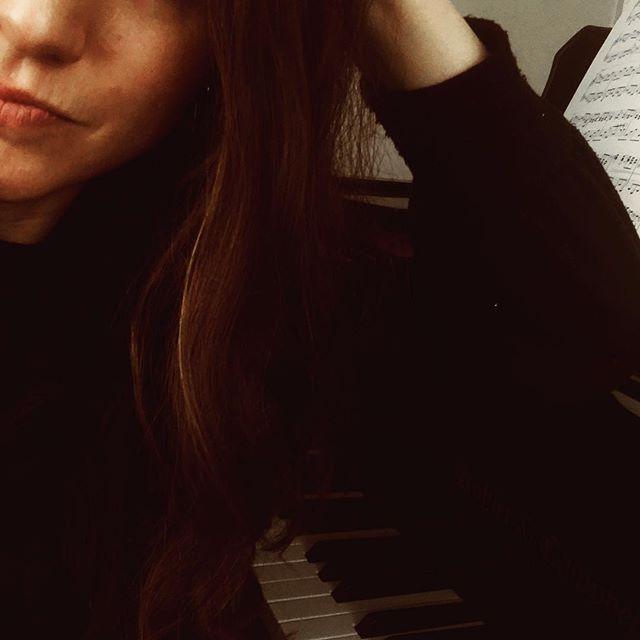 Got piano. Need boat.