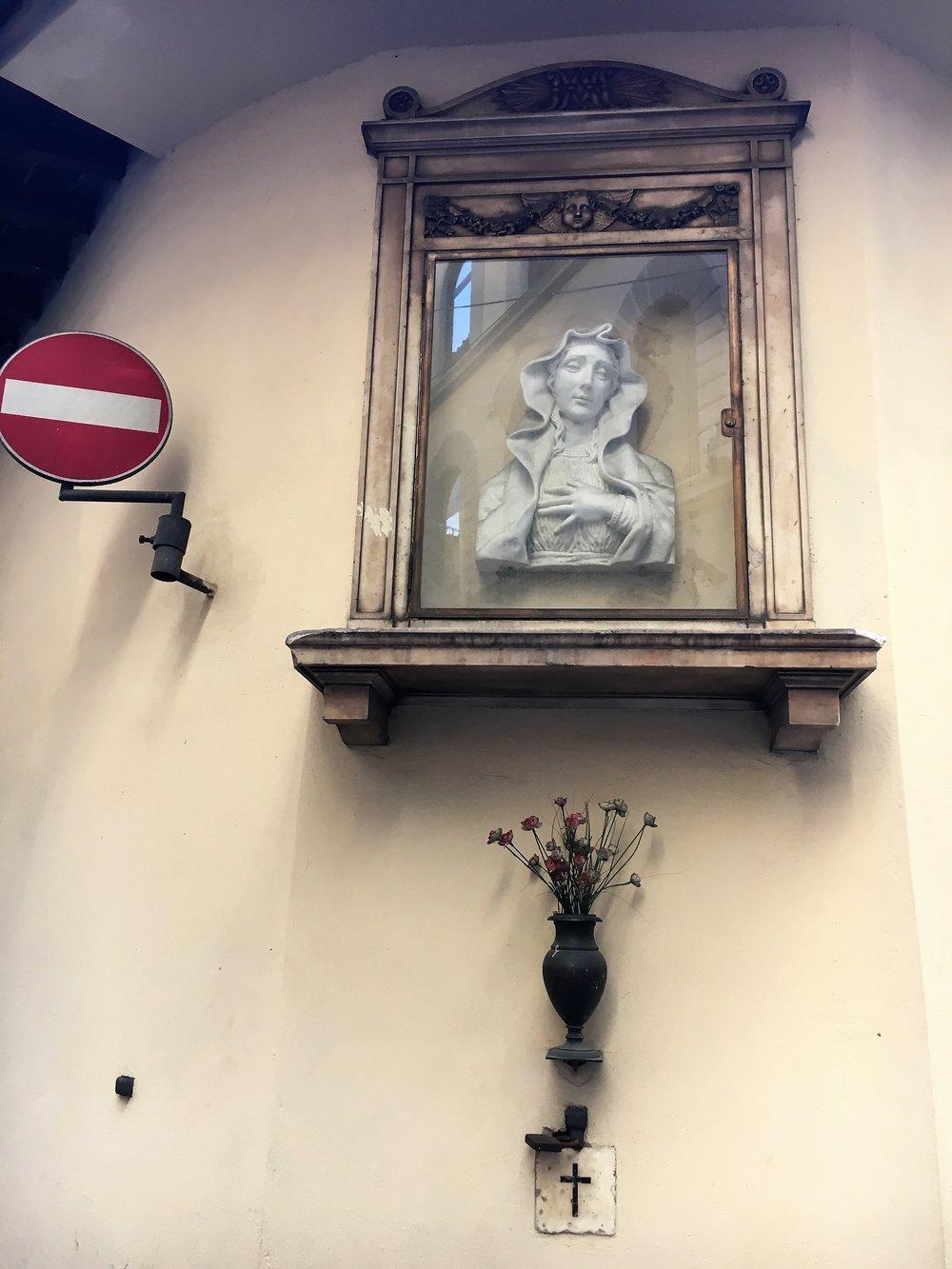 A street corner, Florence, December 2016.