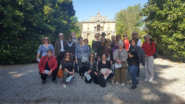 LIS students and staff on a visit to the 16th century Villa Torrigiani, spring 2016 - can you spot Judy and Joanne in this group?