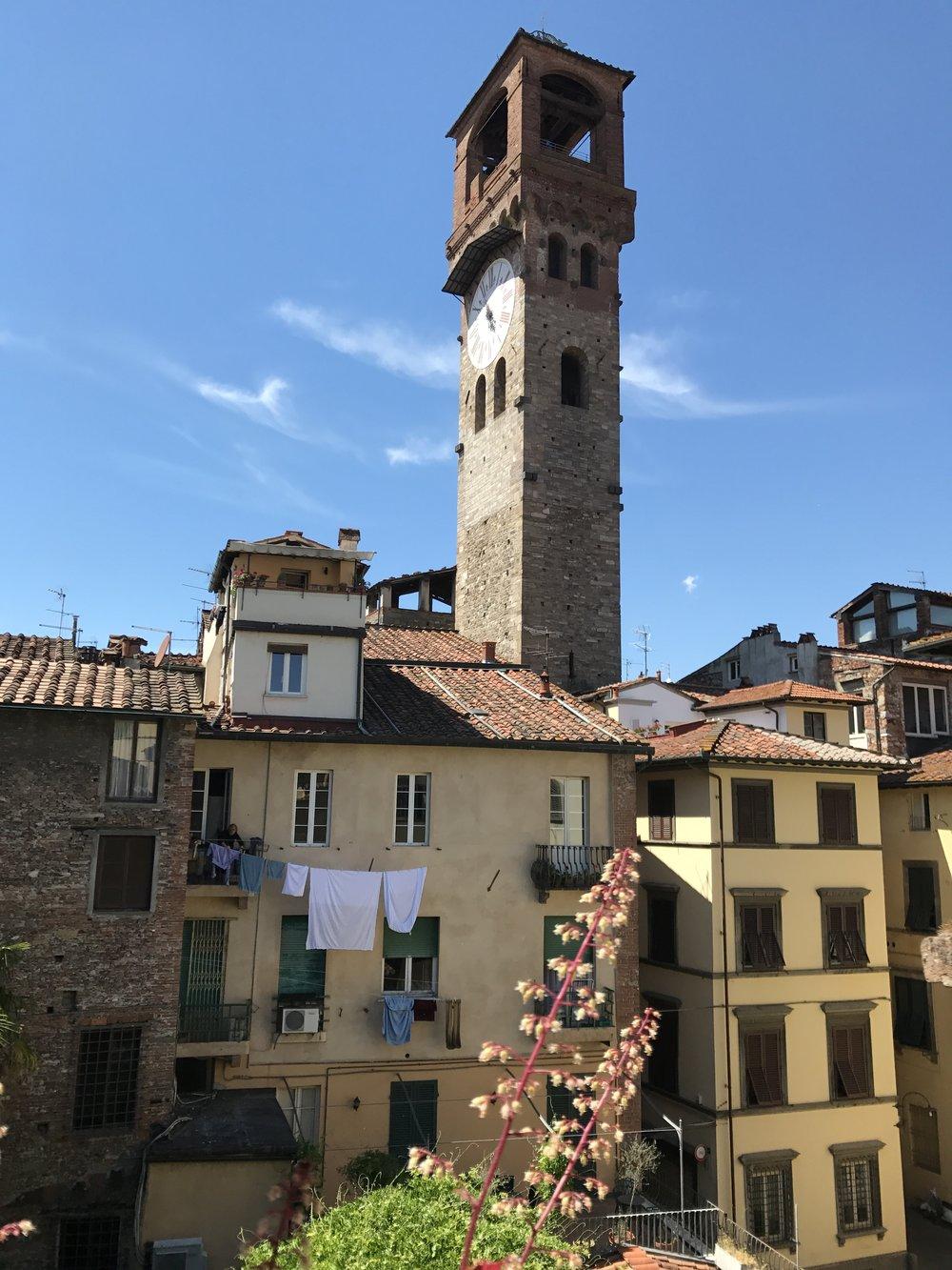 Torre delle Ore, Lucca