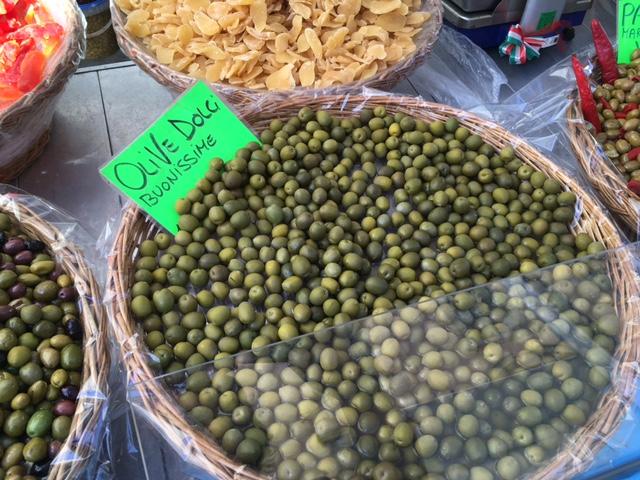 olives Borgo G market.JPG