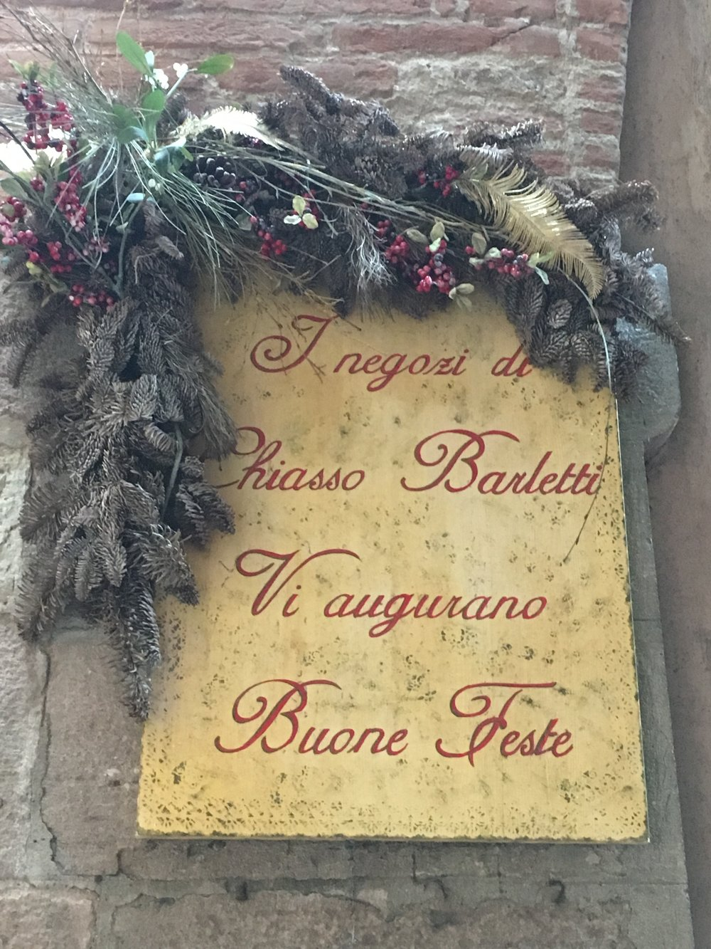 Chiasso Barletti is a small street in Lucca with big Christmas spirit.