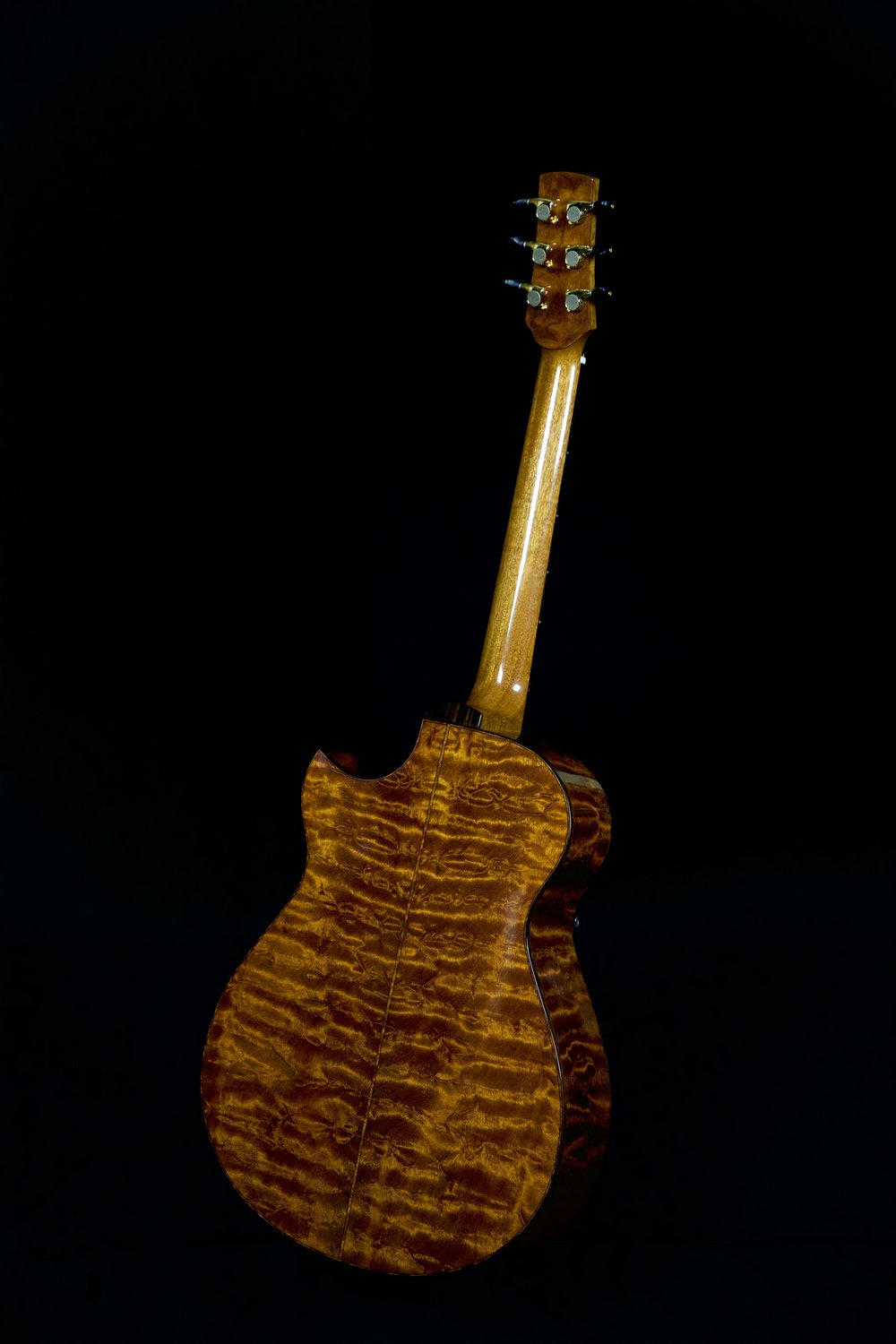 """Tree"" Mahogany Back and Sides on OM Cutaway"