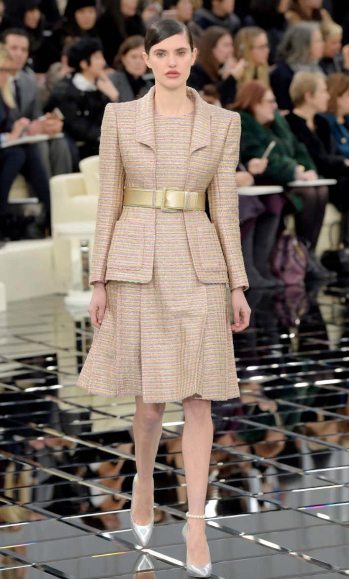 Images above come from Chanel's Spring Couture 2017 Paris Show.