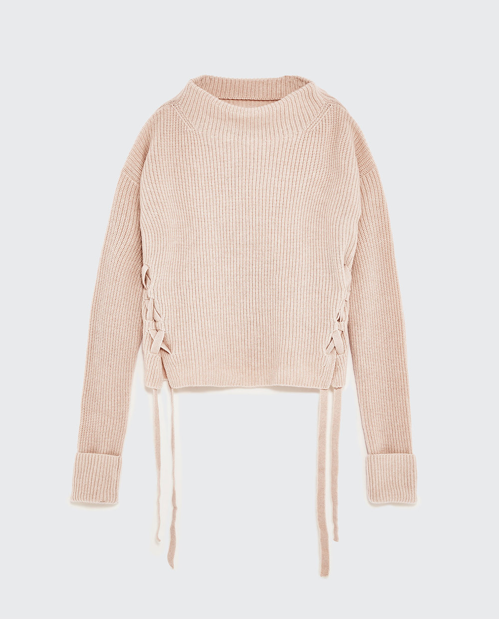 Who says you have to spend thousands of dollars on a chunky cashmere sweater in a beautiful blush shade? Thanks to Zara, you can sport a luxurious pullover for less than $200. We would love to pair this pretty knit with a pleated dove-grey skirt and satin ballerina flats!