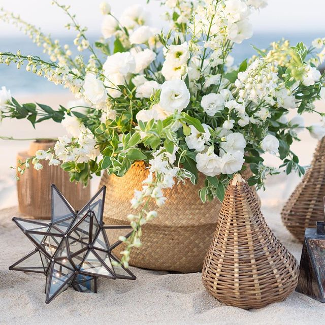 Basket full of beauty! These were used to flank the entry to the ceremony site. Beautiful details make all the difference! 📷@leilabrewster