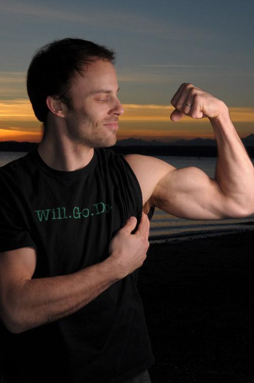 Andres-biceps.jpg
