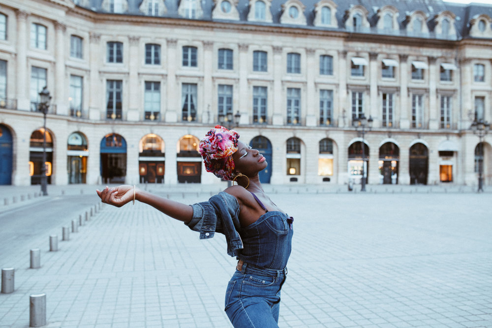 Parisian Style - Place Vendome - Rebecca Meraki - AROSE TRAVELS