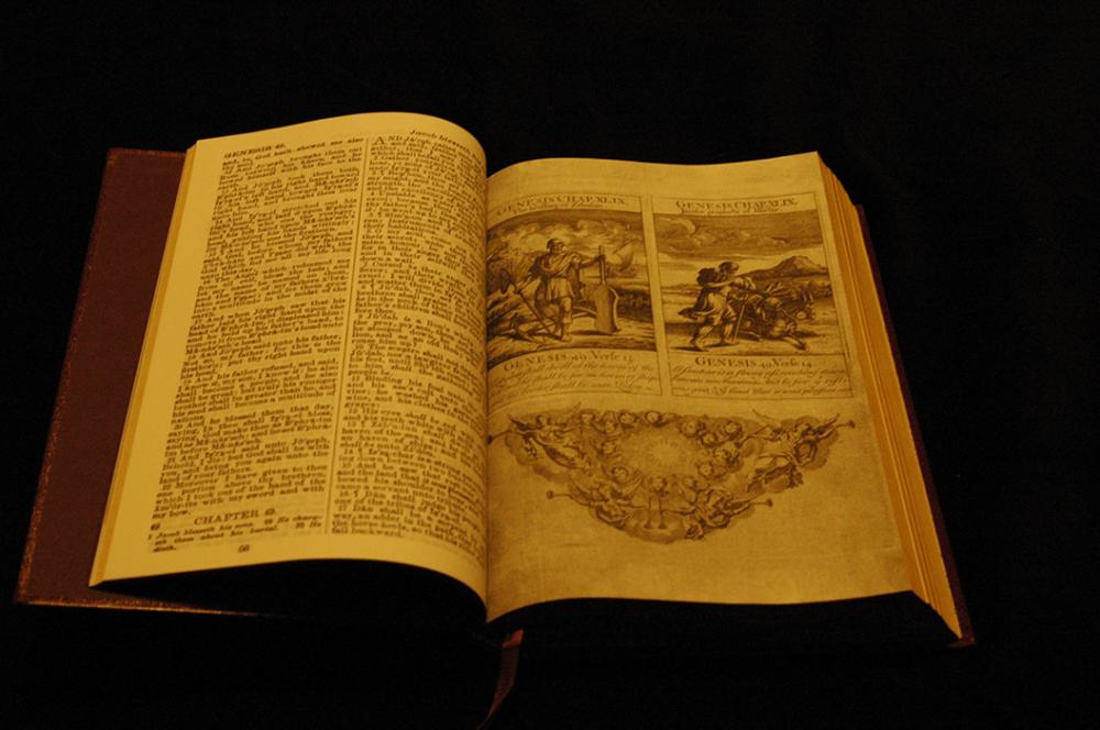 George-Washington-Inaugural-Bible-01-1024x680.png