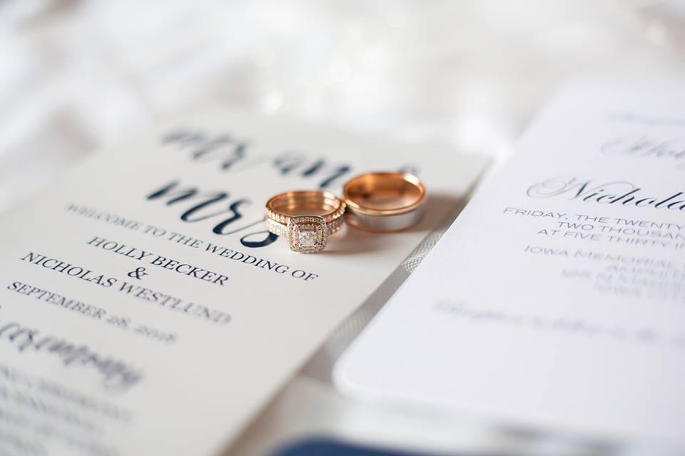Iowa wedding photographer helzberg diamond rings.jpg