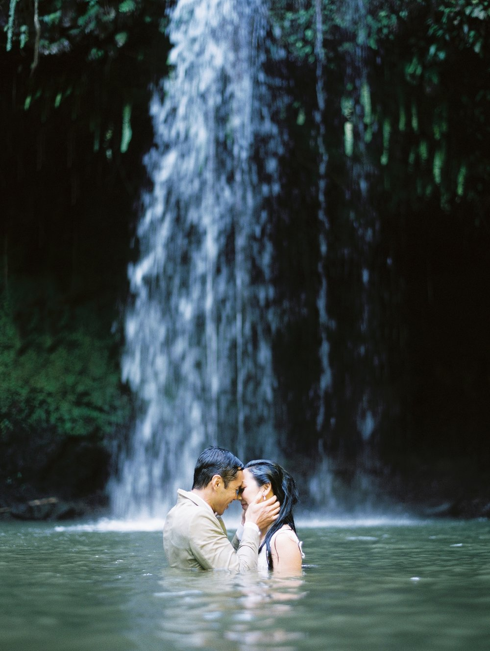 Maui Waterfall Elopement_0067.jpg