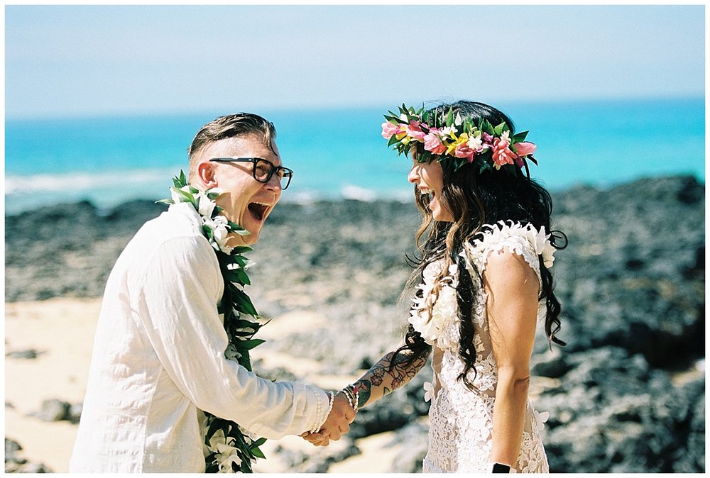 Secret Beach Elopement_0019.jpg