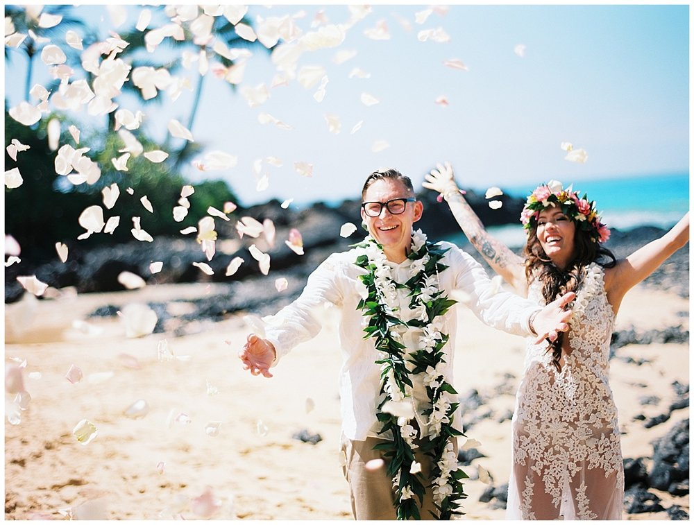 Secret Beach Elopement_0040.jpg