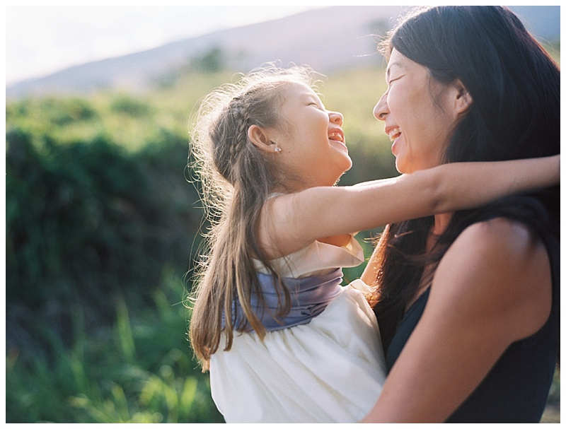 family-photographer-mother-daughter-laughing-sweet.jpg