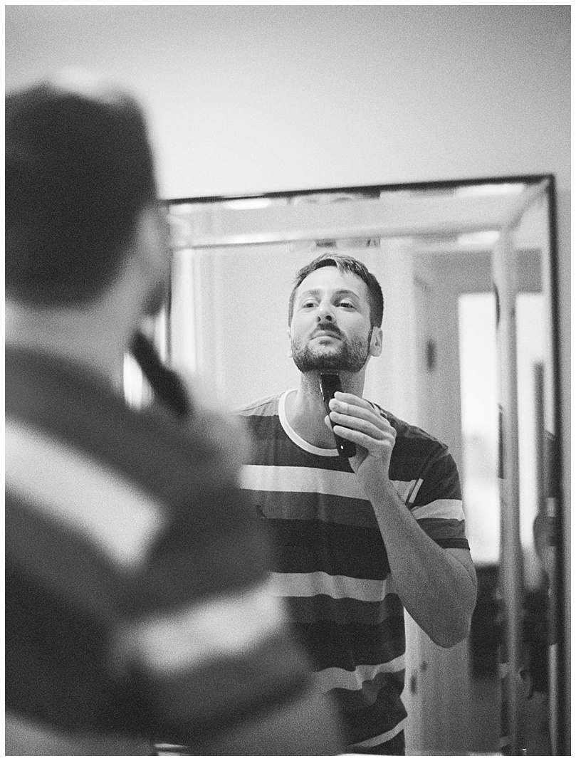 ironwoods-beach-elopement-maui-groom-getting-ready-shaving