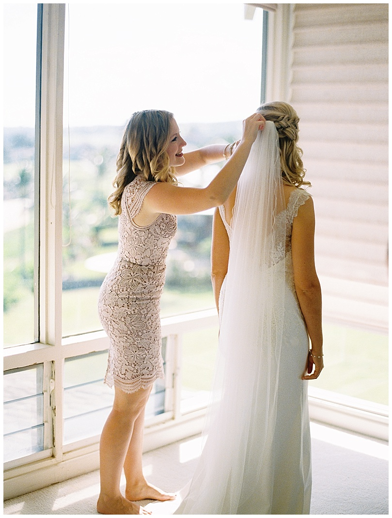 ironwoods-beach-elopement-maui-bride-getting-ready