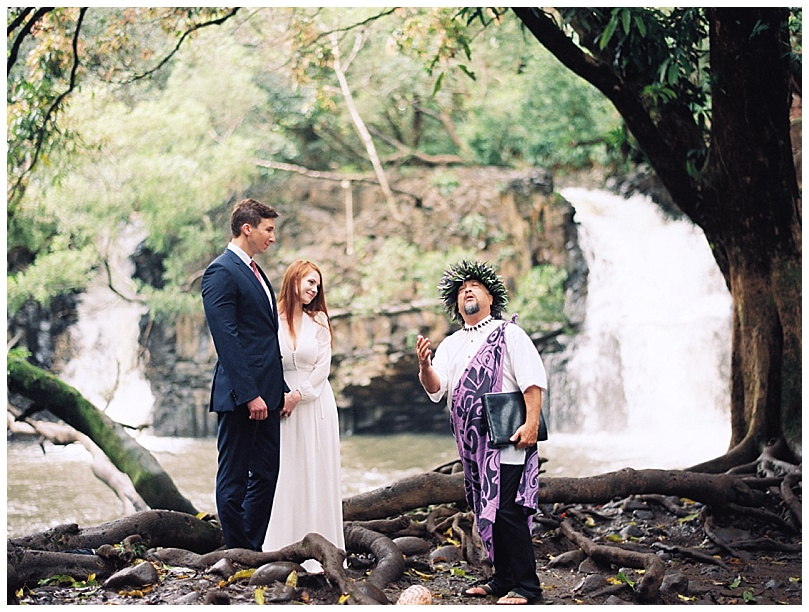 epic-maui-waterfall-elopement003.jpg