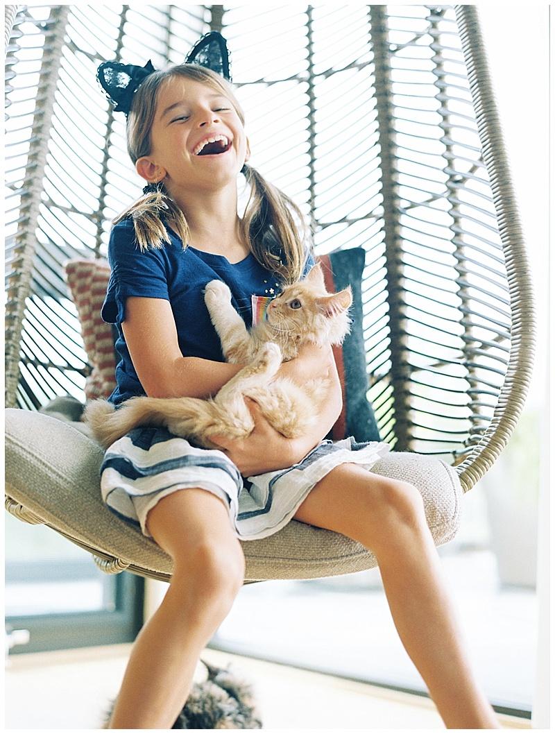 maui-family-photographer-magic-family-plus-kittens_0010.jpg