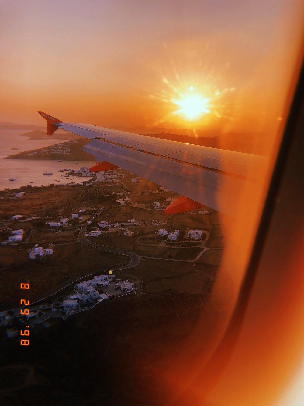 TRAVEL KITS - linspo travel hack