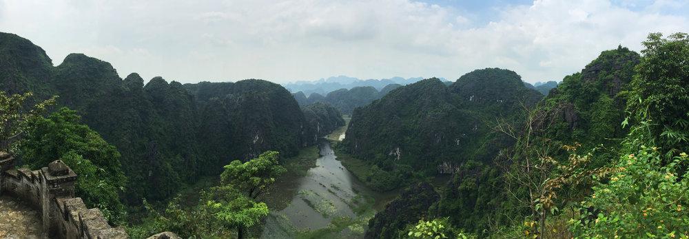 11_Vietnam_NinhBinh02.jpg
