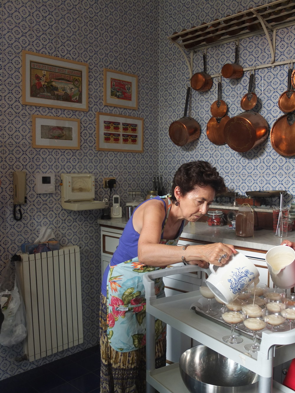 A SICILIAN DUCHESS IS TEACHING A COOKING CLASS TO RESTORE AN 18TH-CENTURY PALAZZO