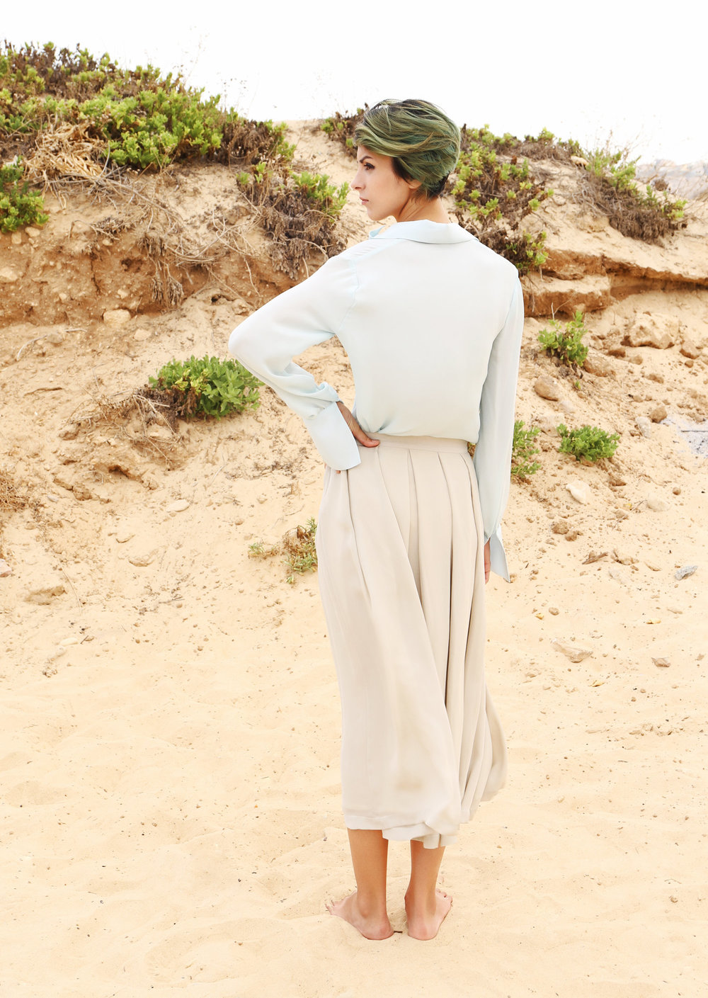SOFT POWER - Perfect skirts usually come in different lengths and always in pure silk