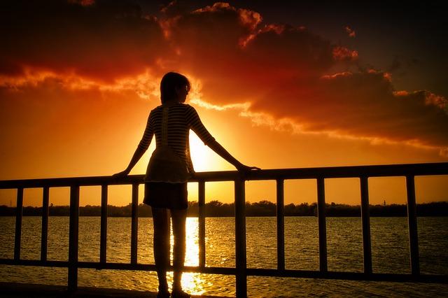 sunset-2200007_640.jpg