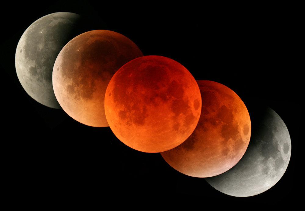 Zatmenie-Mesiaca-2.jpg