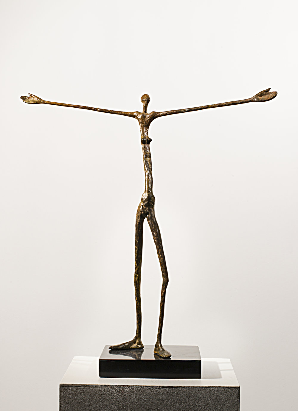 Greeting the Day Bronze Ed. /30 Lost wax 43 x 8 x 8 cm