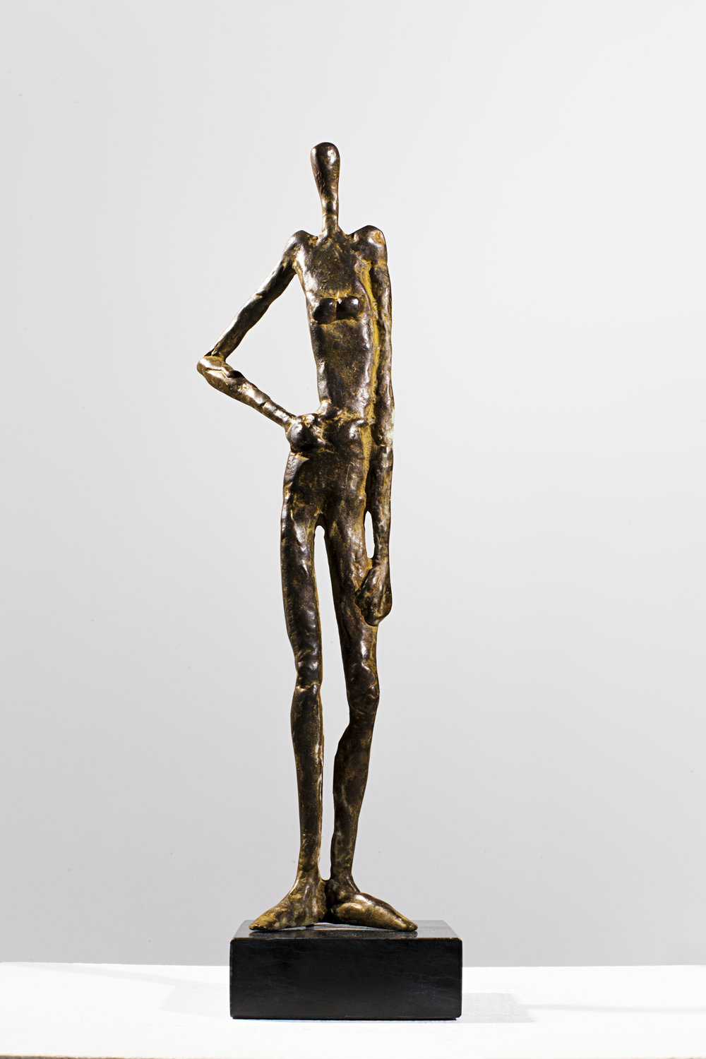 Woman with Attitude Bronze Ed. /30 Sandcast 31 x 10 x 8 cm