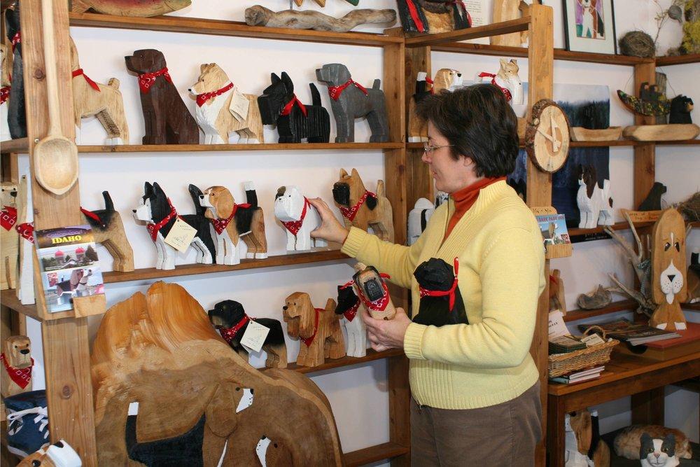 dog-bark-park-giftshop-frances-stocking-r-nida-400dpi.jpg