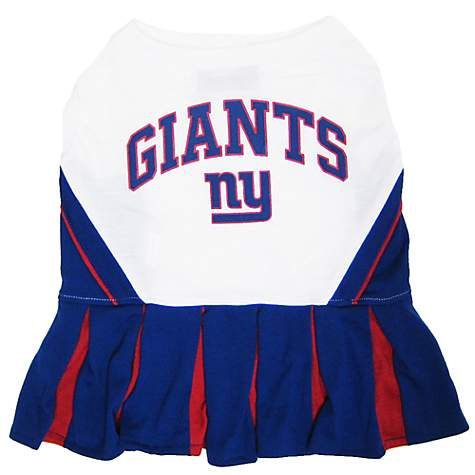 Giants_cheerleader.jpg