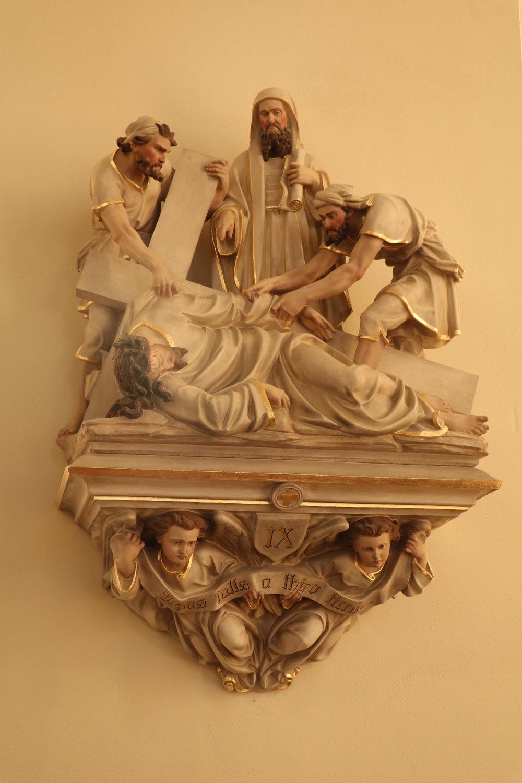 Jesus falls third time