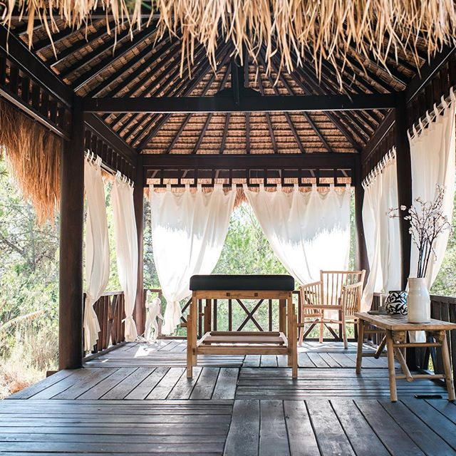 Relax and unwind in the Bali hut for complimentary massages and spa treatments @casaaguaibiza 🙏 #casaaguaibiza #spa #holiday #ibizaholiday #luxuryhomes #luxuryholiday