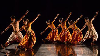 MALAVIKA SARUKKAI: THARI—THE LOOM   DANCE - WASHINGTON DC Price: $39