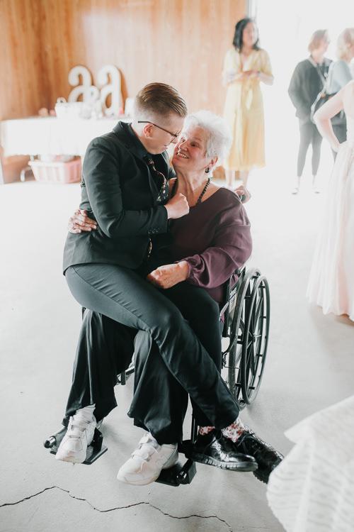 Alex & Ashley - Married - Nathaniel Jensen Photography - Omaha Nebraska Wedding Photography - Omaha Nebraska Wedding Photographer-212.jpg